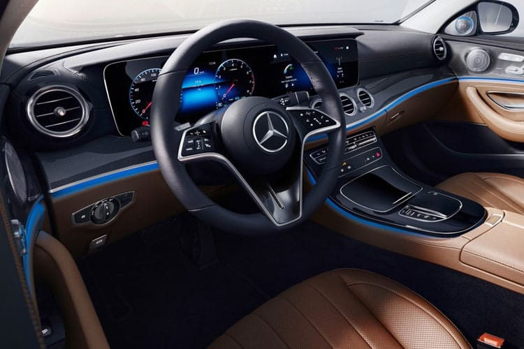 Mercedes-Benz E Class E300e Saloon 2.0 PiH 13.5kWh 320PS AMG Line Edition 4Dr G-Tronic+ [Start Stop] inside view